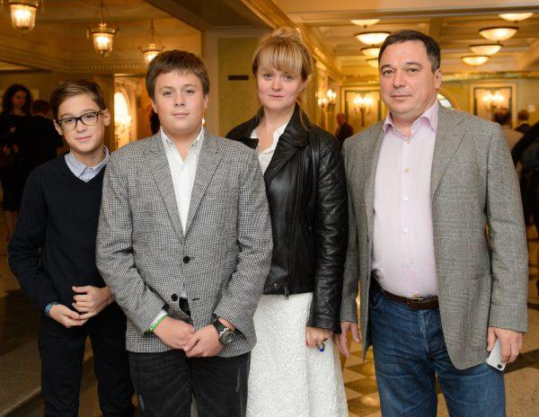 Татьяна Михалкова, как всегда, не с той стороны поддерживает дочь