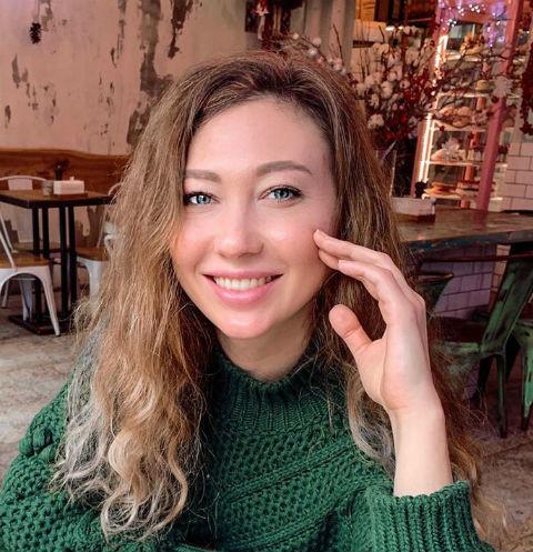 "Сибирская красавица избила таксиста: ""Вези меня, мразь,тварь""(видео)"