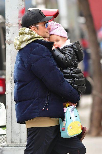 Пока Ирина Шейк на работе - Брэдли Купер гуляет с дочкой в Нью-Йорке