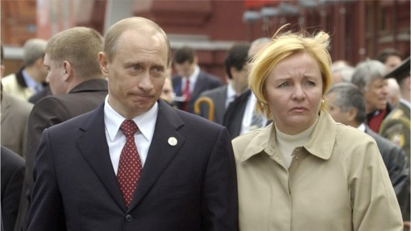 """""""Летописец Путина"""" Колесников ответил на вопрос о жене президента: """"Это то, о чем лучше не знать"""""""