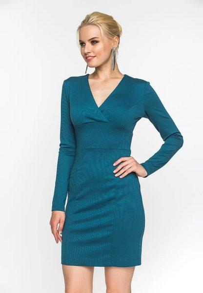 Выбор платьев для невысоких девушек