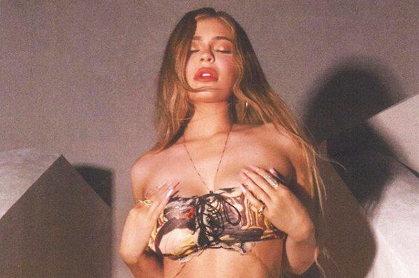 Расцвела, как роза - Фото Кайли Дженнер в купальнике набрало 10 млн. лайков за несколько часов