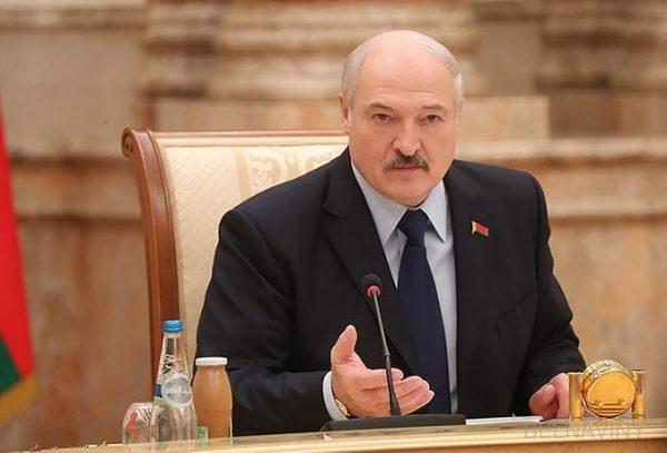 Владимир Жириновский призвал Лукашенко остановиться, пока не поздно