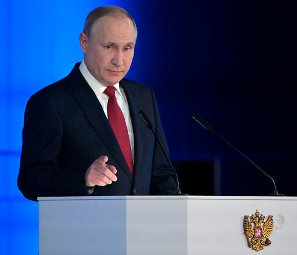 Путин объявил нерабочую неделю с сохранением зарплаты и ранние социальные выплаты