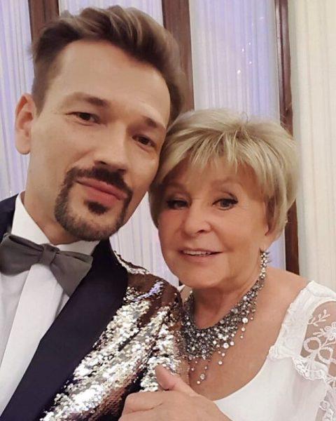 Ангелина Вовк, торгующаяся с ток-шоу - Роман с коллегой был придуман ради денег
