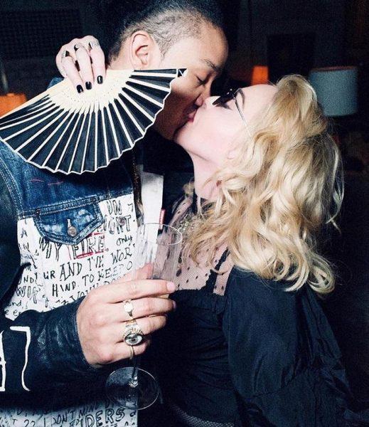 Всего месяц назад он выглядел лучше - 61-летняя Мадонна поздравила 27-летнего бойфренда