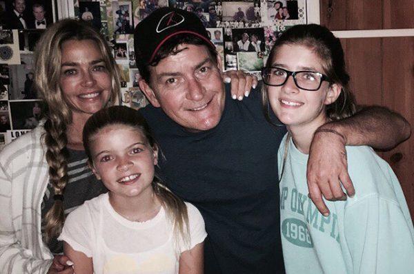 Дениз Ричардс пытается скрыть от дочерей скандальную славу отца - Чарли Шина