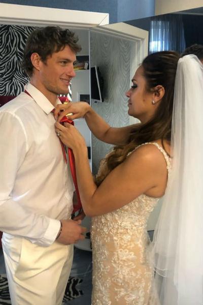 """""""Только вдвоем"""" - Александр Задойнов и его невеста расписались в загсе в гордом, но счастливом одиночестве"""