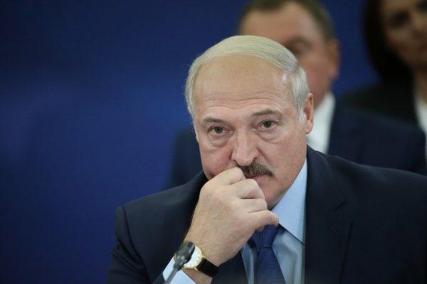 """Лукашенко неразумным: """"А жрать что будем?"""""""