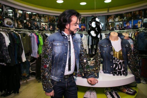 А кто-то станет покупать ношеную одежду? - Филипп Киркоров распродает свой гардероб