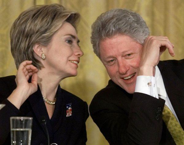 Билл Клинтон был похуже Вайнштейна, а Хиллари подкупала и запугивала его жертв