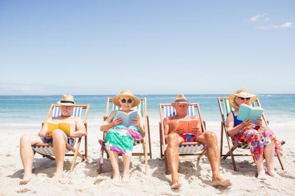 Отдых для пенсионеров: где отдохнуть пожилым людям
