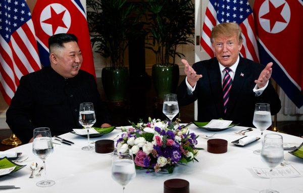 """""""Никто, никто не знает, где он""""- Трамп совершенно запутал заявлением о Ким Чен Ыне"""
