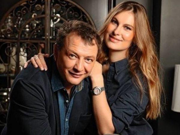 """Ирина Лобачева неожиданно отчитала жену Башарова: """"Шикует за его счет"""""""