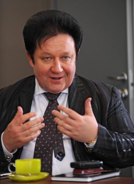 Скандал с Митрошенковым, пристававшим к Водонаевой, набирает обороты