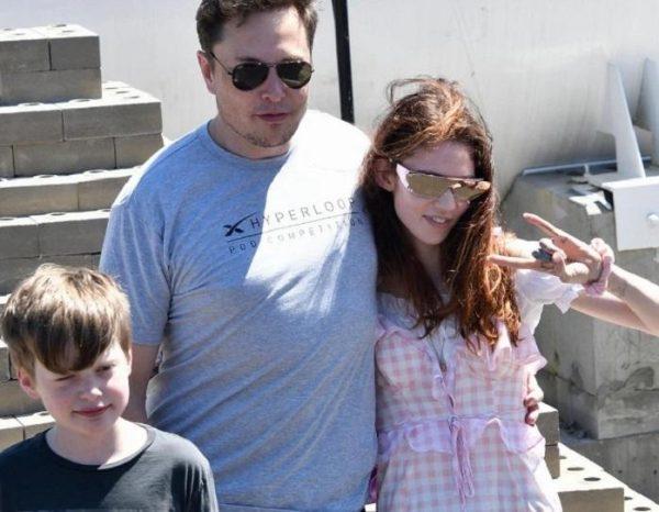 Имя малыша Илона Маска повергло мировое сообщество в шок