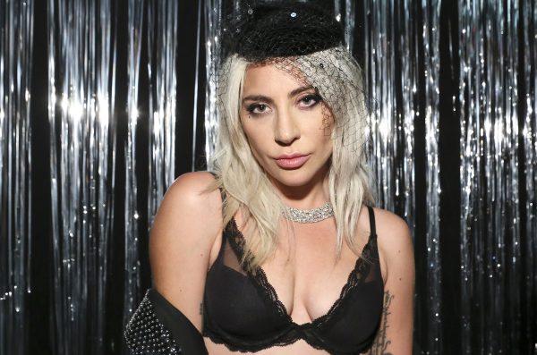"""""""Мне было стыдно"""" - Леди Гага пояснила свое нежелание дружить с Арианой Гранде. Причина поистине удивительна"""