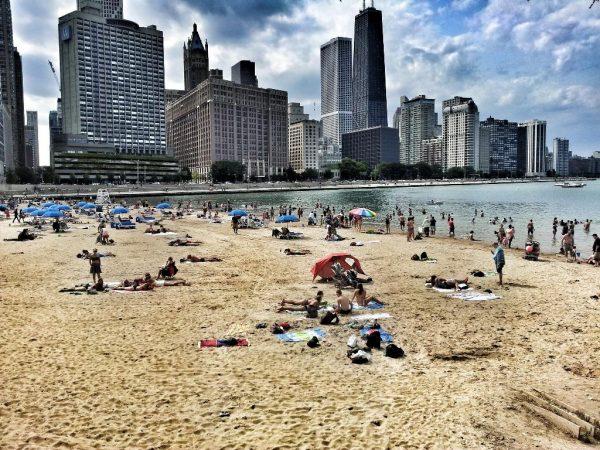 Что происходит? - В Чикаго выпускают рецидивистов и сажают нарушителей блокировок