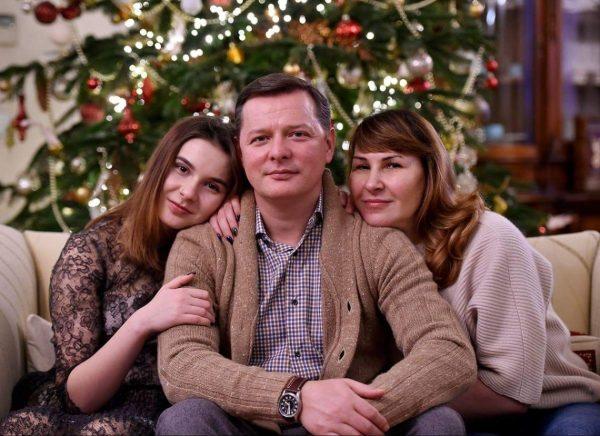 49-летняя супруга Олега Ляшко подарила ему второго ребенка