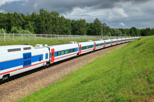 Скоростной поезд Стриж