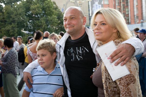 Яна Поплавская рассказала, как определить измену мужчины