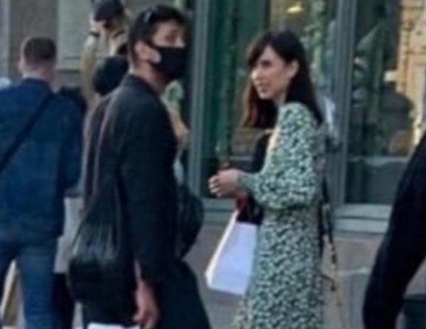 Мирославе Карпович угрожают из-за фотографии с Прилучным