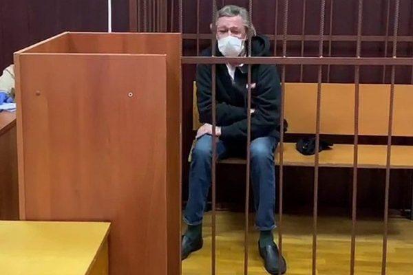 """Адвокат Ефремова о неожиданном: """"Семья Захарова передумала насчет денег"""""""