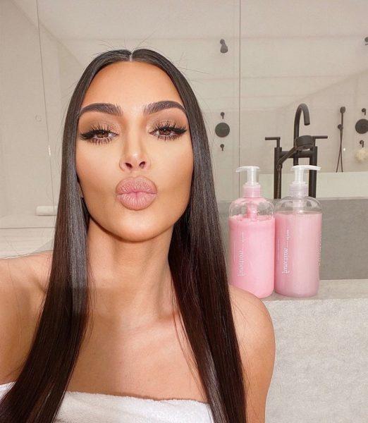 Ким Кардашьян ежедневно тратит около 5-ти тысяч долларов на свою внешность