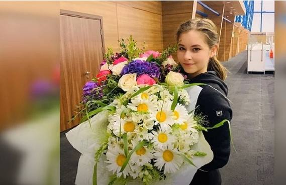"""Юлия Липницкая рассердилась на инсайдера: """"Мы хотели рассказать о беременности в эксклюзивном интервью"""""""