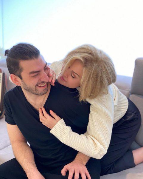У 66-летней Успенской 30-летний любовник - и жизнь опять прекрасна!