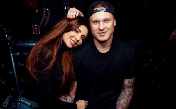 Анна Седокова, Янис Тимма