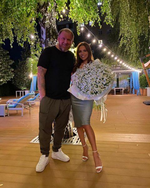 Константин Ивлев снова подал документы в загс - После развода с женой прошло две недели