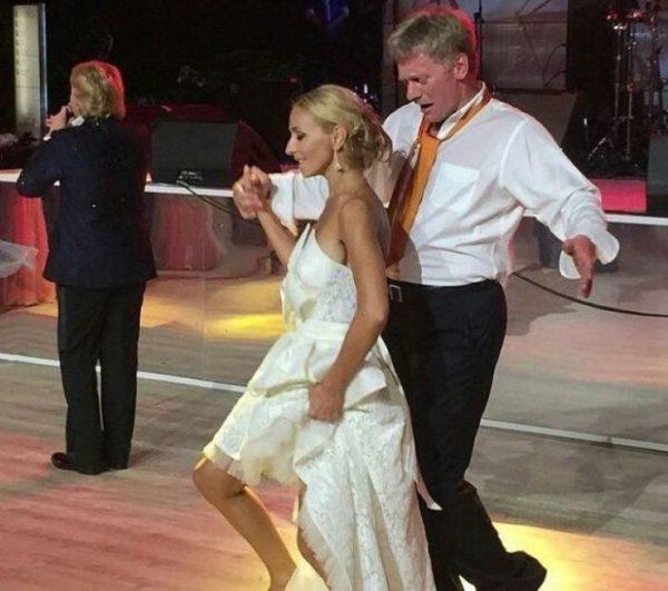 Дмитрий Песков и Татьяна Навка зажигают на собственной свадьбе