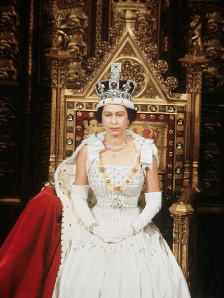 Елизавета II на открытии парламента в 1967-ом году