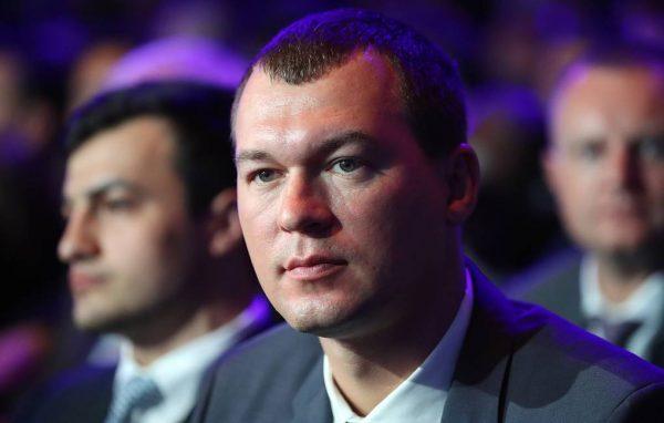 """""""Я не калькулятор"""" - Михаил Дегтярев ответил на вопросы хабаровских демонстрантов"""