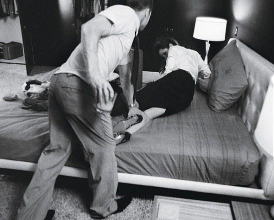 """Энистон не смогла сдержать горечи при виде страстных фото мужа с Джоли: """"Теперь вы видите, почему мы развелись"""""""