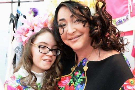 Лолите Милявская рассказала, что ее расстроила дочь