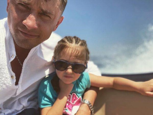 Прилучный поделился красочными морскими снимками с детьми - Мирославы не видно