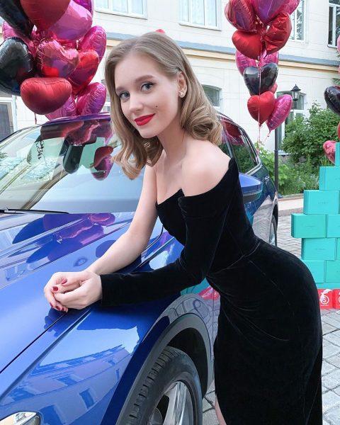 Кристина Асмус выложила новую публикацию