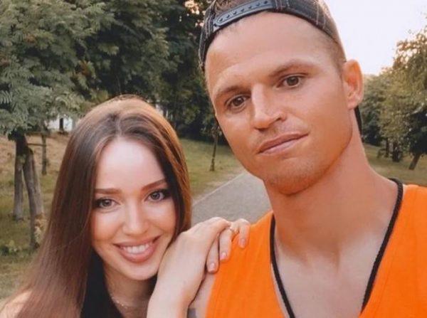 Настя опоздала - У Тарасова есть любовница в Казани