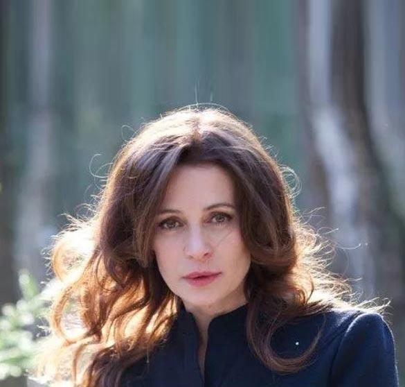 Оксана Фандера в новой фотосессии
