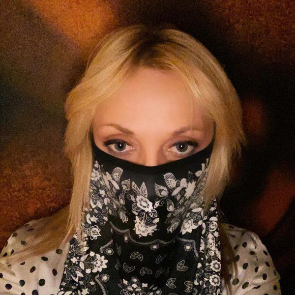 Подписчики обвинили Кристину Орбакайте в рекламе масок