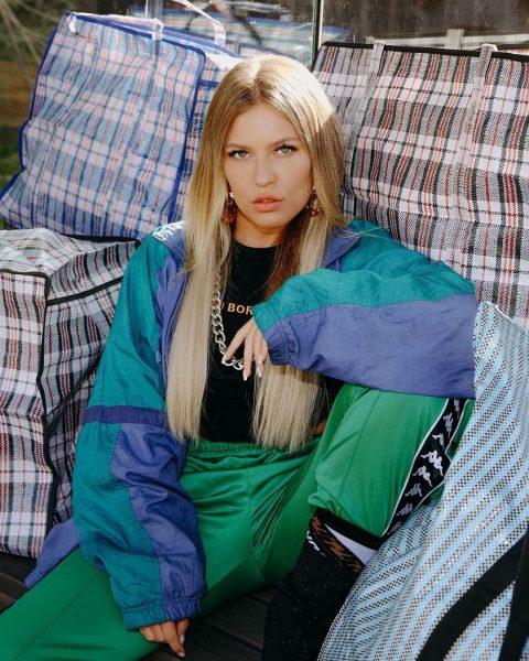 Знаменитости поддержали Риту Дакоту в скандале с Яной Рудковской и Louis Vuitton