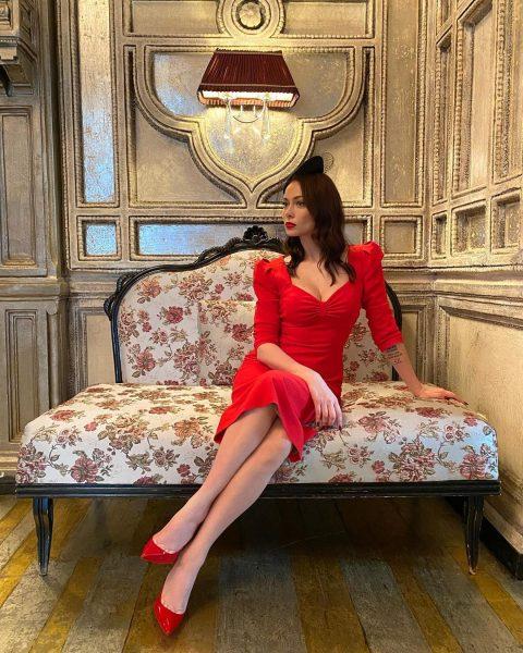 Самбурская выложила новое фото в Инстаграм