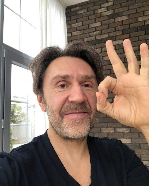 Шнуров занял должность генпродюсера телеканала RTVI