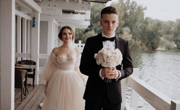 Арсений Шульгин и Лиана Волкова поженились два дня назад