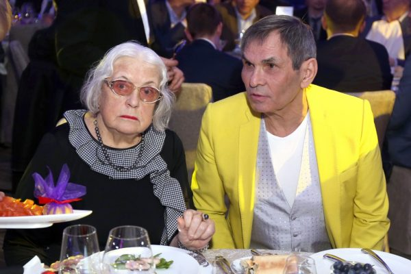 Лидия Федосеева-Шукшина, Бари Алибасов