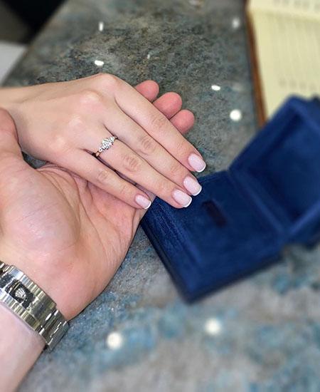 Сегодня женился 21-летний сын Валерии