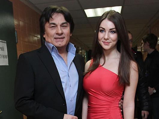 С Елизаветой Семичастновой Серов встречался, когда ей было всего 17