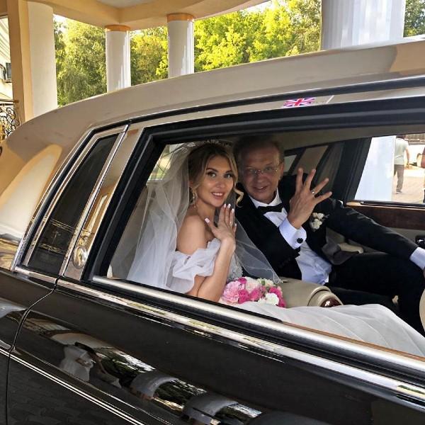 Свадьба Ромы Жукова